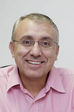 Dr. Henrique Marconi Sampaio Pinhati